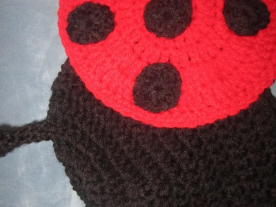 How to crochet a lady bug baby photo part2