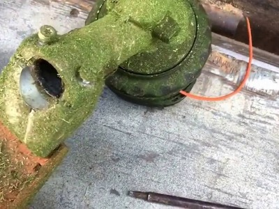 How to Switch Stihl Gear Box Attachments on Trimmer. weed whacker