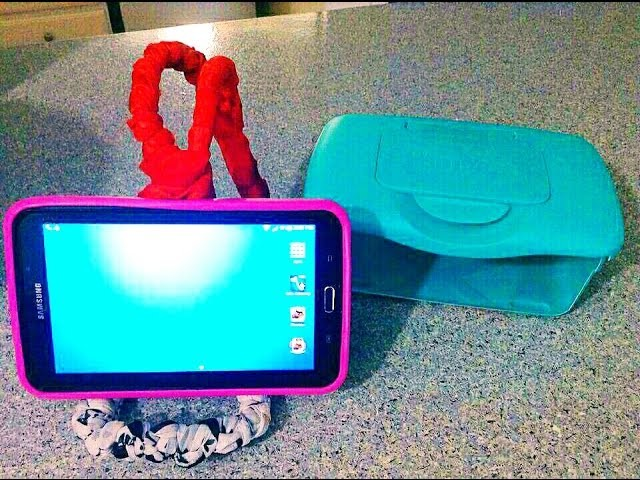 2 Easy Diy iPad tablet Stand { HANGER BABY WIPE BOX HACKS }