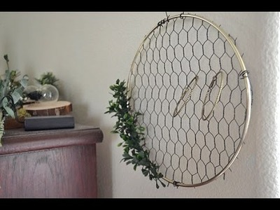 DIY Chicken Wire Frame Display
