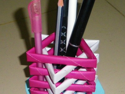 How to Make a Pen Stand From Waste Material - DIY Paper Penholder