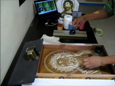 D.I.Y. Eight Colors Silk Screen Printing Process