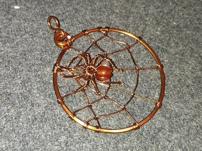 Handmade jewelry tutorials - Wire Jewelry Lessons - DIY - How to make  spider net pendant
