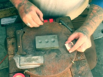 How to use a button Concho die set