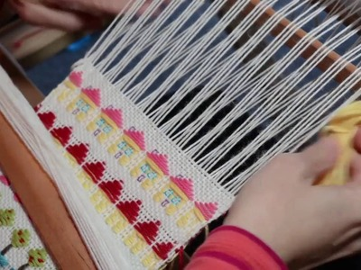 How to weave little houses on a rigid heddle loom