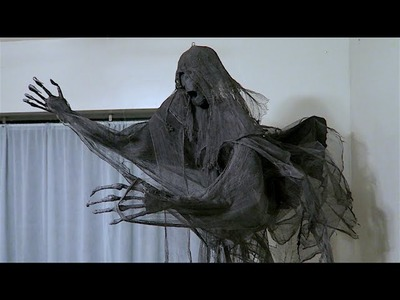 How To Make A Dementor! DIY Wraith Harry Potter Party Idea!