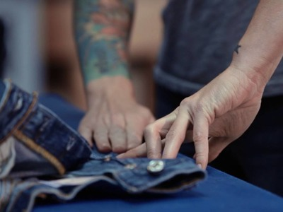 How to Pintuck & Crop Your Jeans | Levi's®