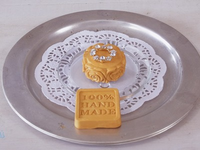How to Make a Gold Frankincense and Myrrh Body Bar