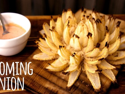 How to Make a Grilled Blooming Onion on the Weber Q Gas Grill | Tailgate Recipe!