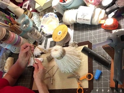 Designing Crafts with Style by Chari - Christmas Tassel Tutorial