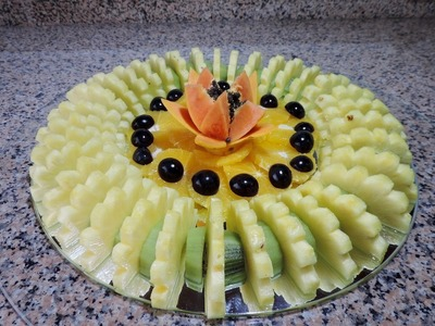 How to Cut and Serve Sliced Fruit