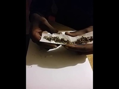 How To Roll Papers. Fat Joints