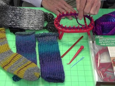 Tool School: Standing Oval Knitting Loom