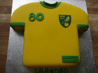 T-Shirt Cake (Football.Soccer) . . How to