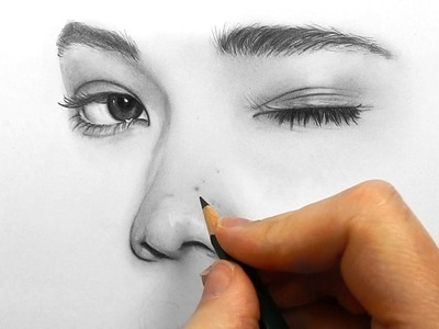 Drawing, shading and blending a face with Faber Castell graphite pencils | Emmy Kalia