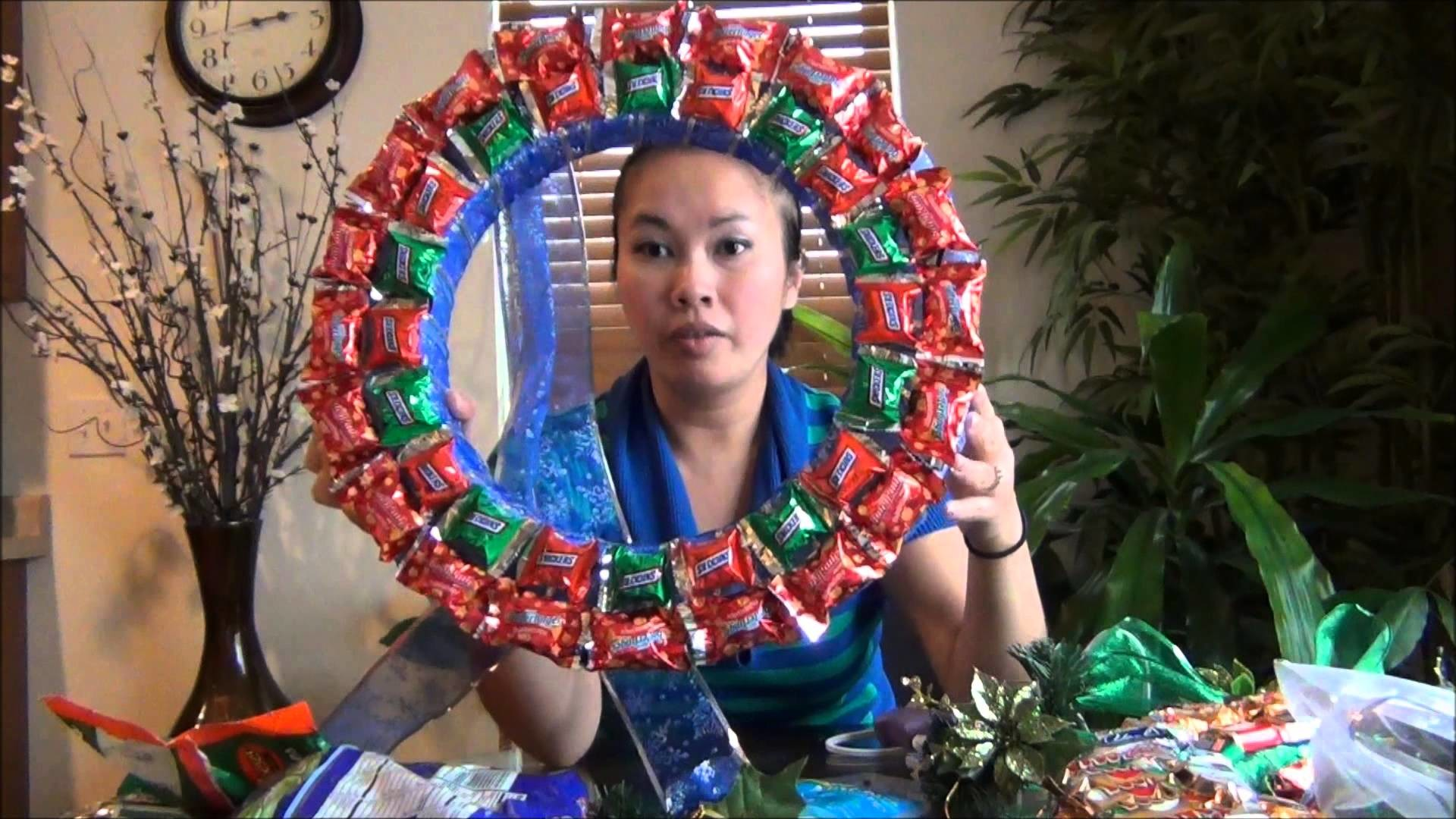 How to make Sieng's Chocolate Wreath.Gift ideas