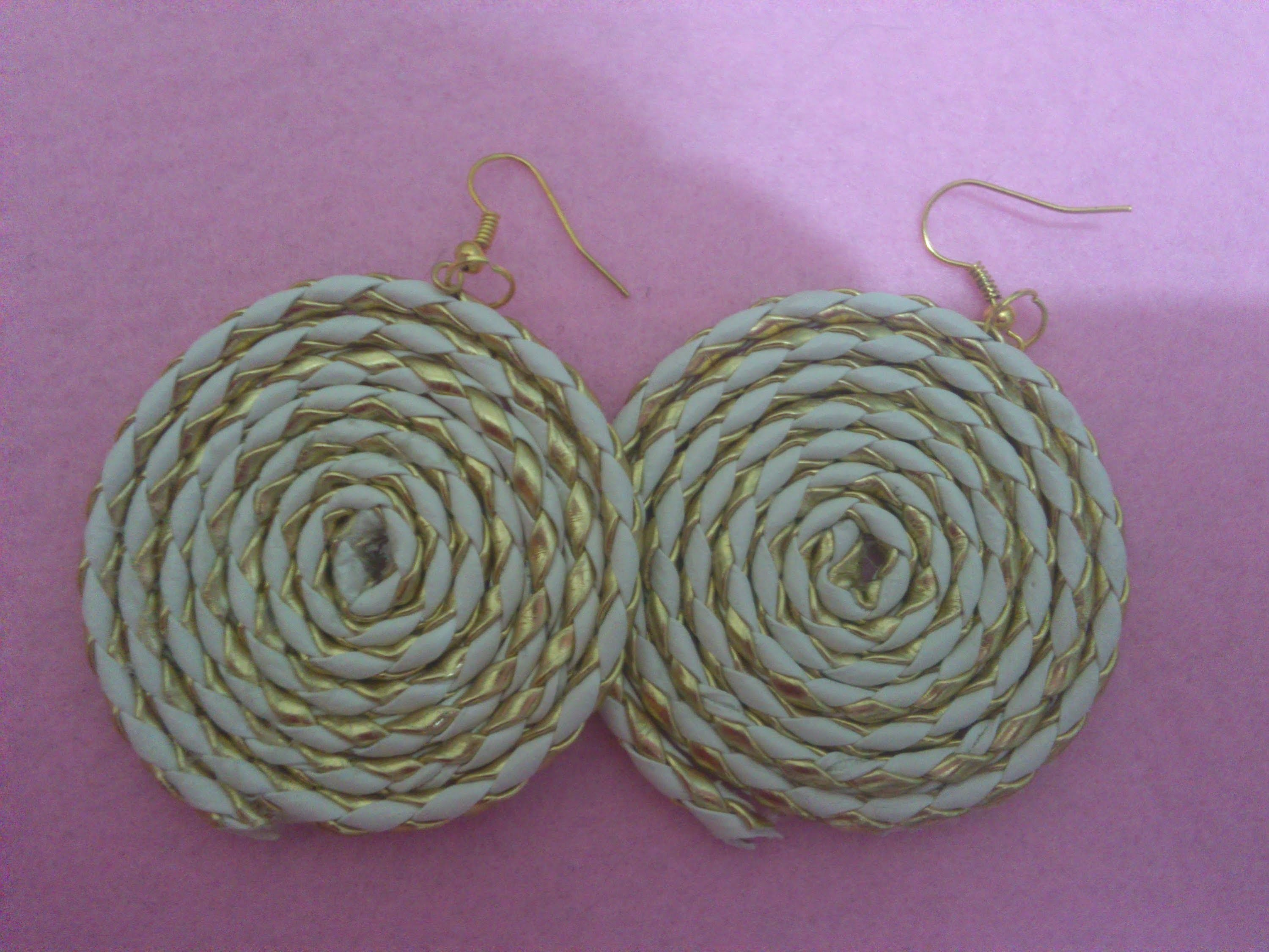 DIY: Super Easy Paracord Earrings
