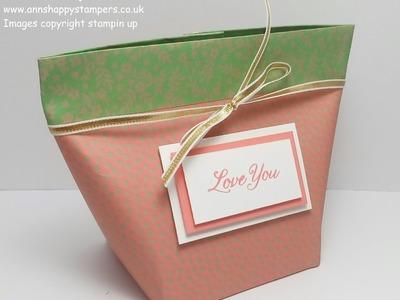 Make up Bag  inspired Self closing Gift bag