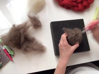 Needle Felting a Christmas Decoration, Tutorial, How To.