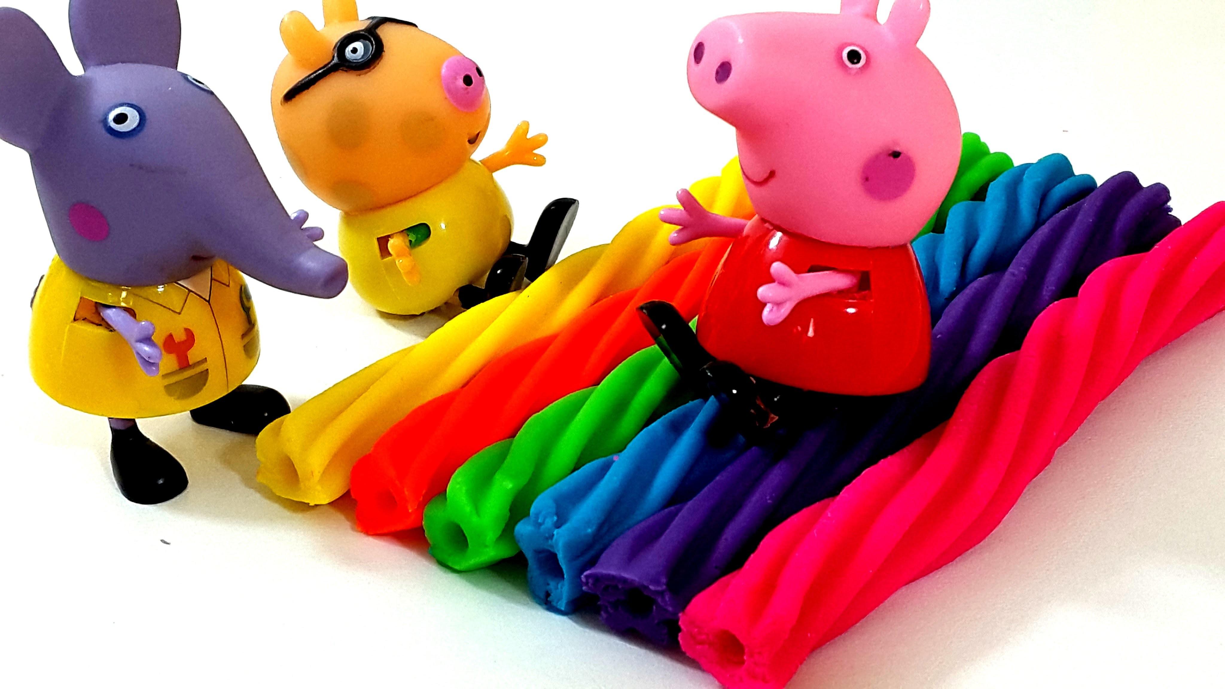 Peppa Pig Family Watching Play Doh How To Make Rainbow Licorice