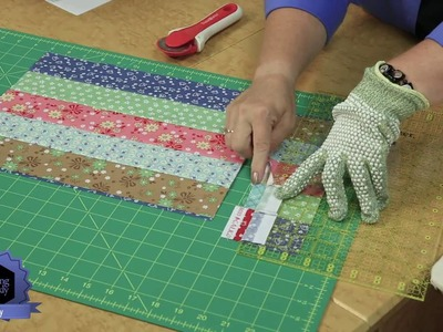 Quilting Quickly: Howdy - Easy Baby Quilt using Precut Strips!