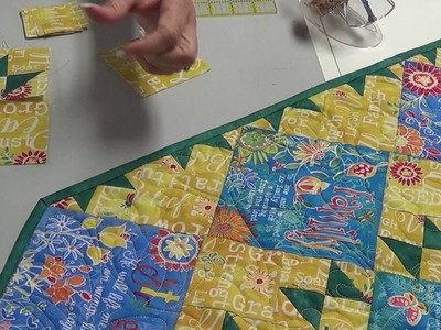 Summertime Table Runner by JunctionFabric.com with free download pattern