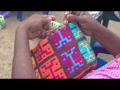 Making a susu by Wayuu in Colombia