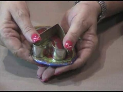 Suze Weinberg Demonstrates Amazing Agates with UTEE Brightz™ at CHA Summer 2009