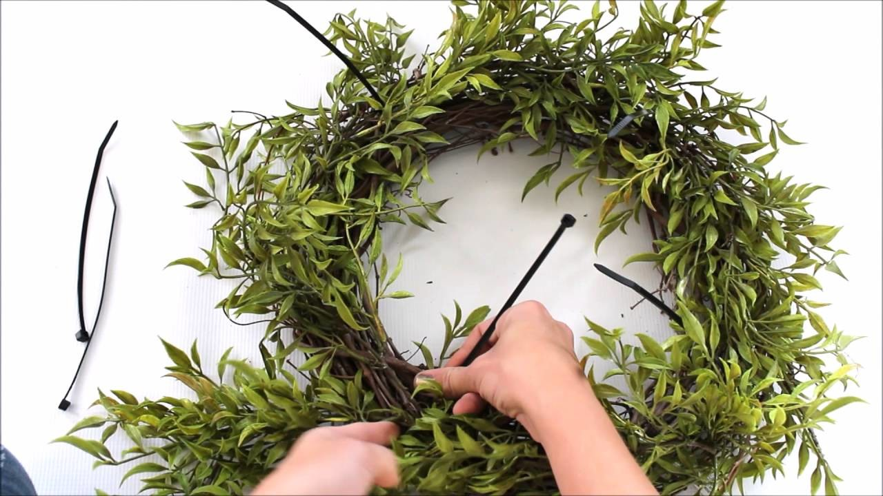 How to make a wreath for cheap