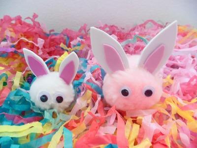 Conejos hechos con pompones