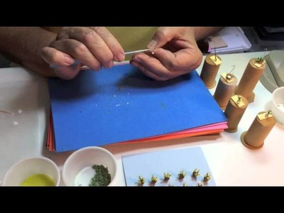 How to assemble dollhouse miniatures quarter scale daisies with Mary Kinloch 1