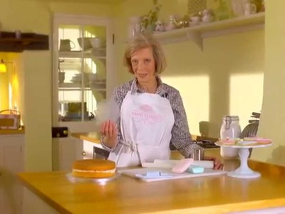 Fiona Cairns Cake Decorating Kits