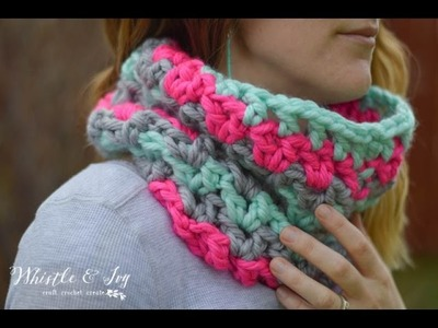 How to Crochet a Chunky V-Sitch Cowl