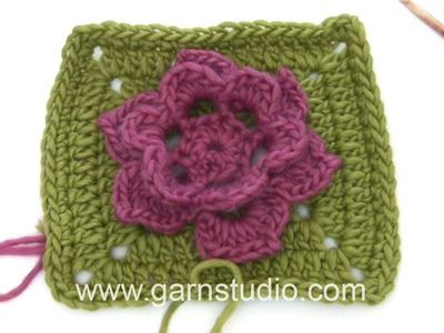 DROPS Crocheting Tutorial: How to work the square to the Wild rose - Mystery Blanket