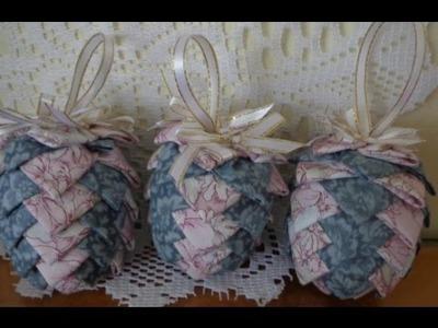 Christmas Fabric Pinecone - Craft tutorial