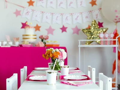 How to Throw a Glam Pretty-in-Pink Party