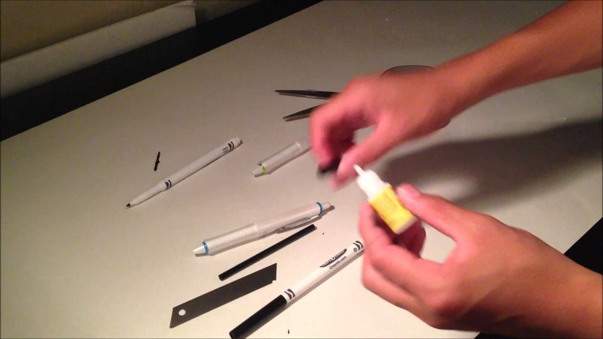 Pen Spinning: The Decent Mod Tutorial