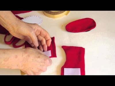 Simple shoemaking: How to make a warm toddler boot from recycled materials