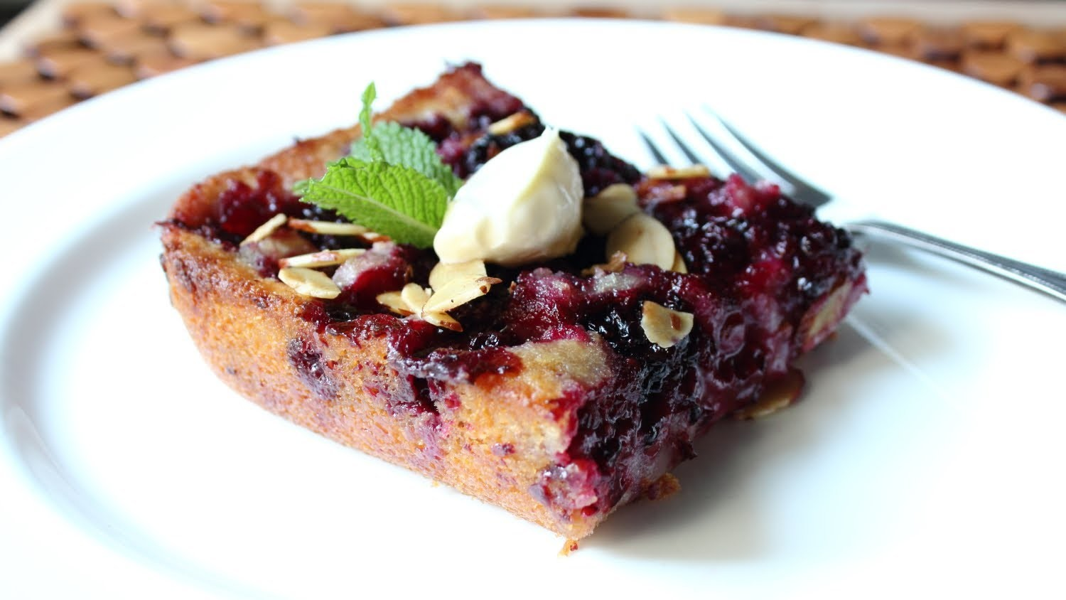 Blackberry Buckle Recipe - How to Make a Blackberry & Almond Buckle