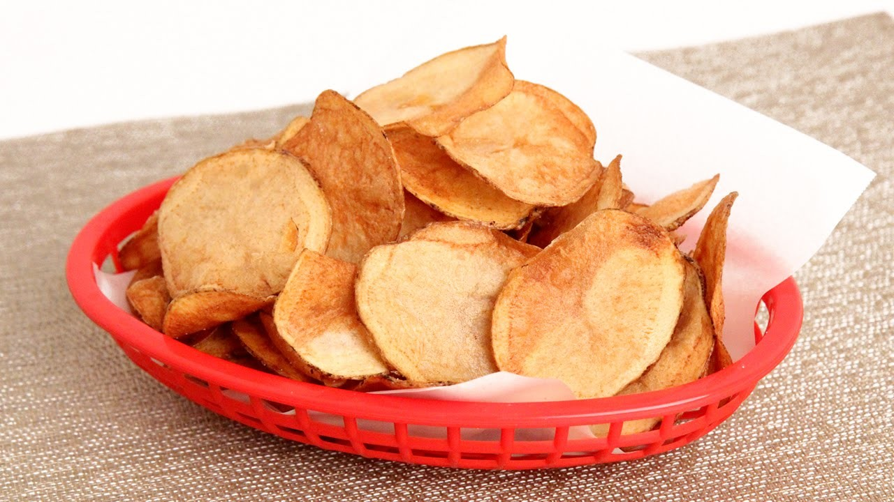Homemade Potato Chips Recipe - Laura Vitale - Laura in the Kitchen Episode 901