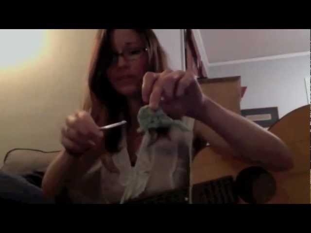 Crocheting a Sea Horse for you