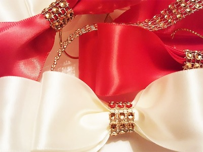 How to Make a Satin Bow - Christmas Crafts