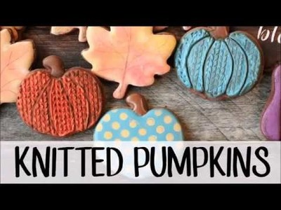 How to Make Decorated Sugar Cookies That Look Like Knitted Pumpkins