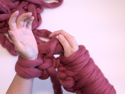 ArtizenHome: The Second Row for Arm Knitting