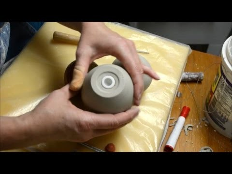 How to Cut a Stopper Hole for Rubber Stoppers in a Shaker