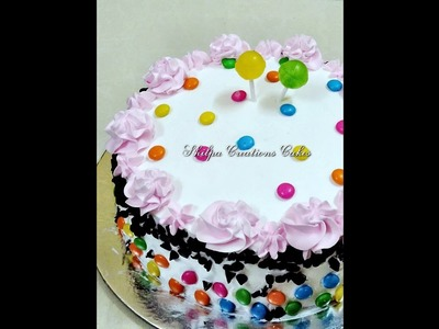 How to Decorate Eggless Blackforest Cake with lots of gems and Chocochips