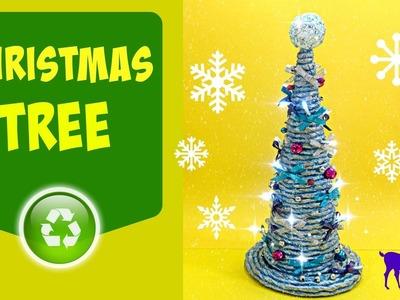 Paper rope technique: Christmas tree. Árbol de Navidad