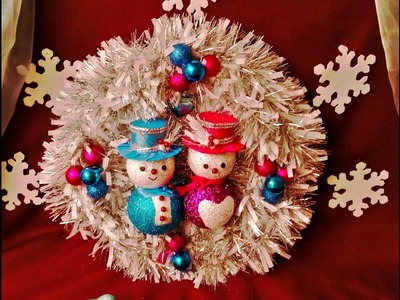 Beautiful Frozen Christmas Wreath. Easy to make