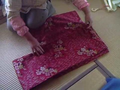 How to look after your kimono-how to fold it!! 着物のたたみ方