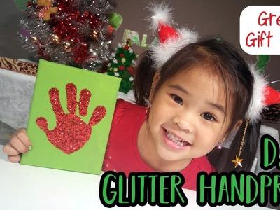 DIY Glitter Handprint | Day 2: 12 DIYs of Christmas | Gift Ideas